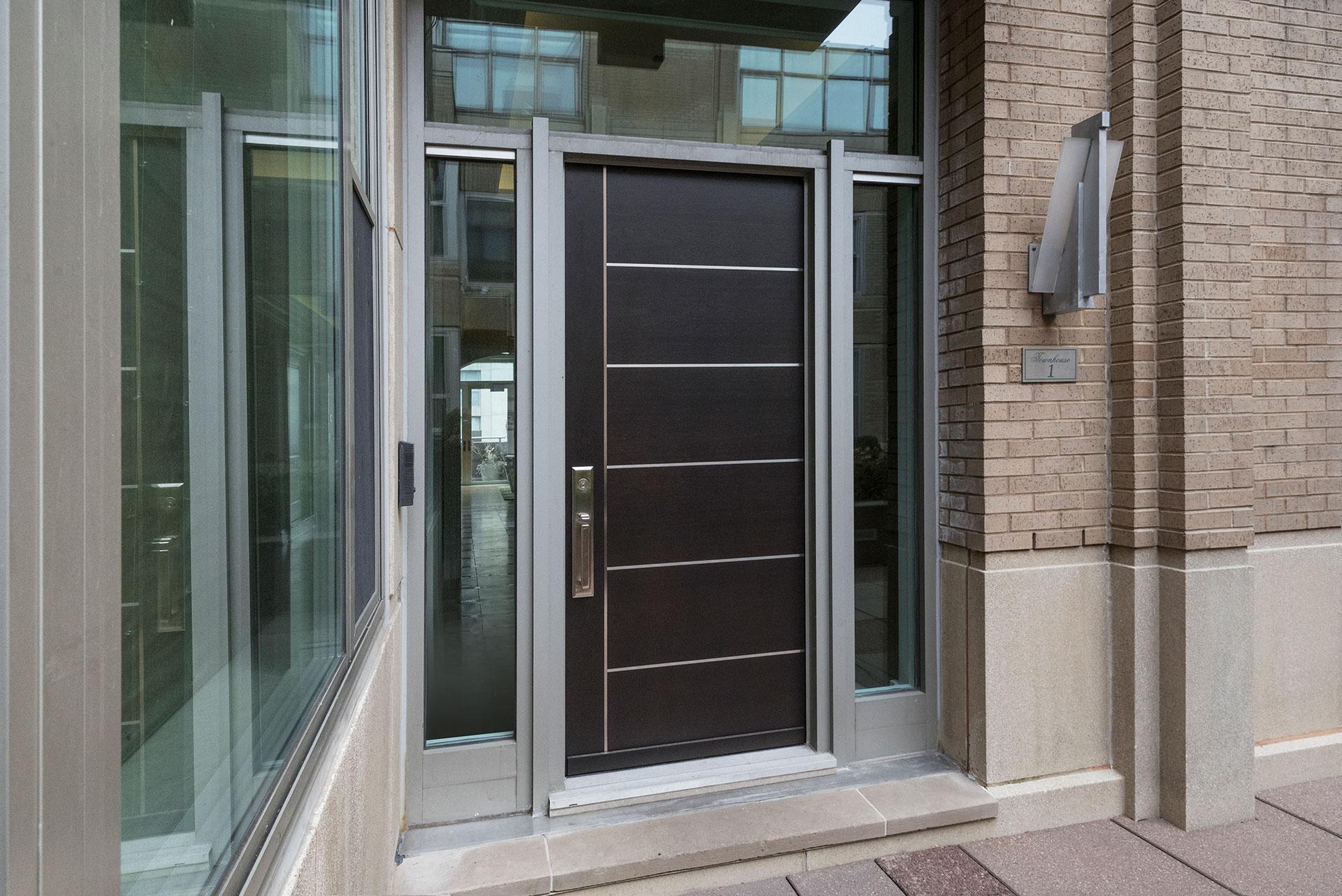 عکس طرح ها و مدل های درب حیاط و ورودی چوبی و آهنی ساختمان