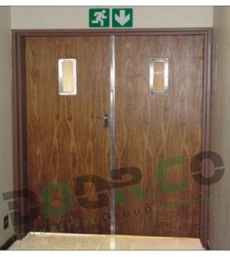 درب ضد حریق چوبی WFR04